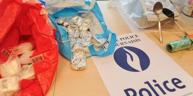 Namur: 3 jeunes interpellés avec du cannabis après une course-poursuite à Namur - La DH