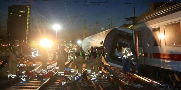Collision entre deux trains en Allemagne: 35 blessés - La DH