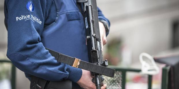 Braquage d'un magasin à Jette: deux suspects placés sous mandat d'arrêt - La DH