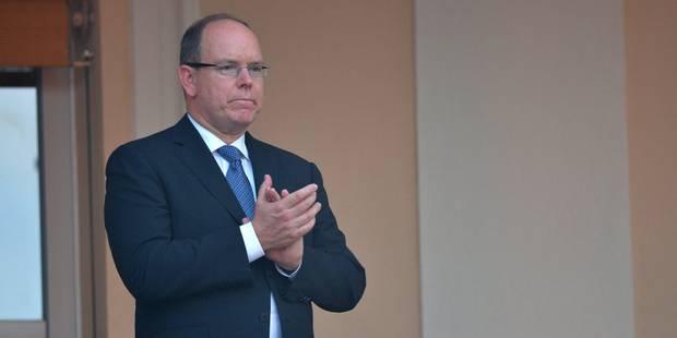 """""""Ice Bucket Challenge"""": le prince Albert relève le défi et nomme... François Hollande - La DH"""