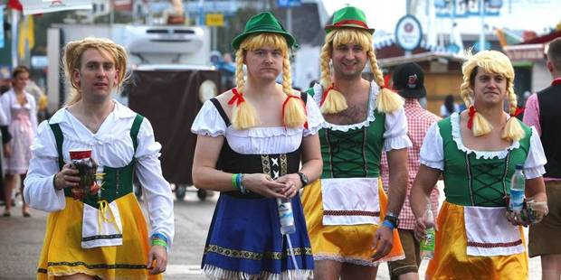 """""""Le tonneau est percé"""", l'Oktoberfest s'est ouverte à Munich - La DH"""