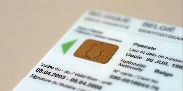 936 Belges oublient chaque jour le code PIN de leur carte d'identité - La DH