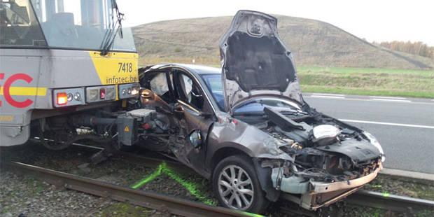 Fontaine-l'Evêque: collision mortelle impliquant un tram - La DH