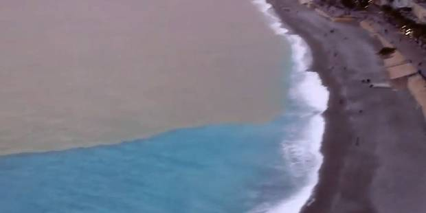 A Nice, la mer est devenue bicolore - La DH