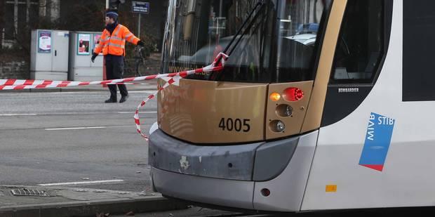 Un piéton grièvement blessé à la tête après avoir été heurté par un tram à Schaerbeek - La DH