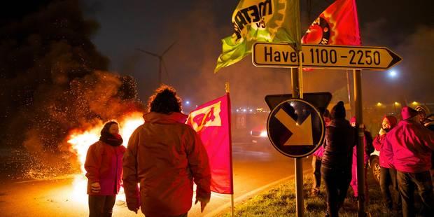 Grèves tournantes à Namur et Liège : les piquets resteront jusqu'à la fin de l'après-midi - La DH