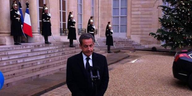 Sarkozy de retour à l'Elysée, François Hollande se pose en rassembleur du pays - La DH