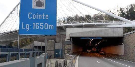 Trois auteurs de deux braquages arrêtés après une course-poursuite à Liège - La DH