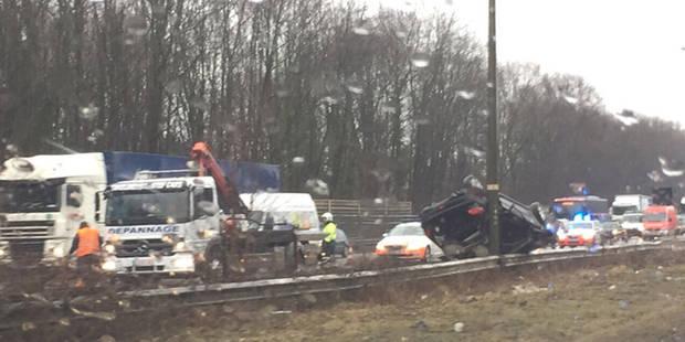 Bruxelles: un blessé grave dans un accident sur le ring extérieur à hauteur de Beersel (Photos) - La DH