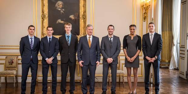 Les héros de Prague reçus au Palais royal - La DH