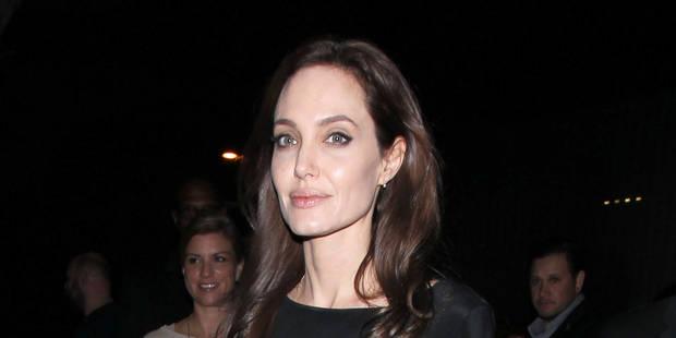 Angelina Jolie a subi une ablation des ovaires - La DH