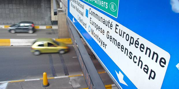 Trafic chaotique dans le centre de Bruxelles - La DH