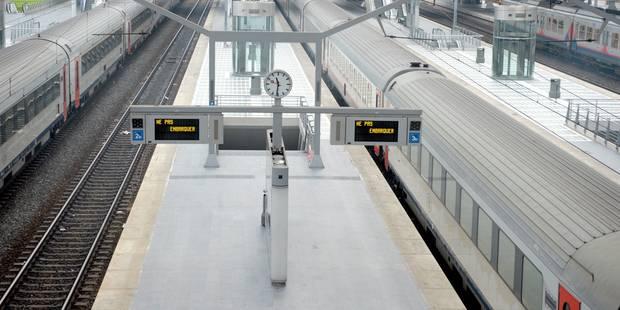 Grève générale: trains, poste, école, services communaux... Journée noire en perspective ! - La DH