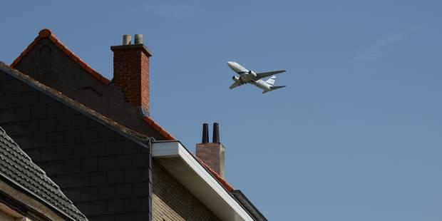 Nuisances des avions : Woluwe Saint-Lambert part en campagne contre les vols de nuit - La DH