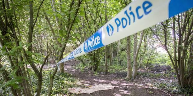 Un homme retrouvé mort sous une voiture à Bois-de-Villers - La DH