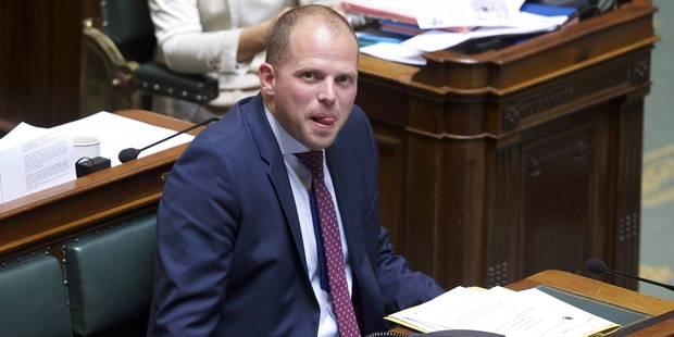 Des Bruxellois ramènent de leur propre initiative des Syriens en Belgique - La DH