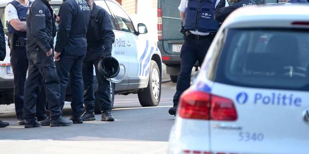 Alerte à la bombe levée à Berchem-Sainte-Agathe - La DH