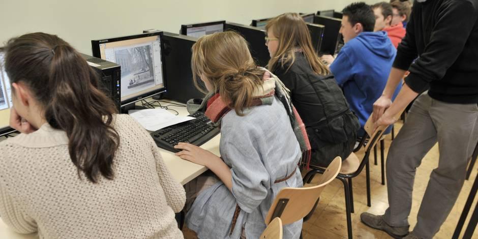 Journée finie à 17h, l'informatique cotée comme les maths...: voici la grande réforme de l'école - La DH