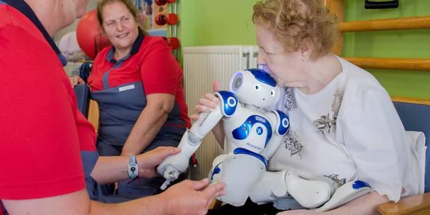 Zora, le robot qui coache les seniors - La DH