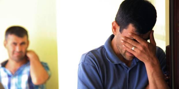 """""""Mes enfants m'ont glissé des mains"""", raconte le père du petit syrien noyé - La DH"""