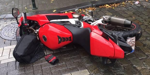 Molenbeek: trois accidents à la suite d'une coulée de mazout dans la rue de Birmingham (PHOTOS) - La DH