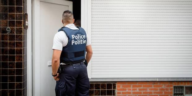 Scandale à Jette: un policier corrompu faciliterait des mariages blancs (VIDEO) - La DH