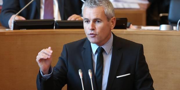 Budget: les ministres wallons ont suspendu leurs travaux budgétaires - La DH