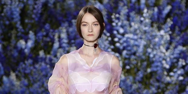 Fashion week : chez Dior, douceur et montagne de fleurs - La DH