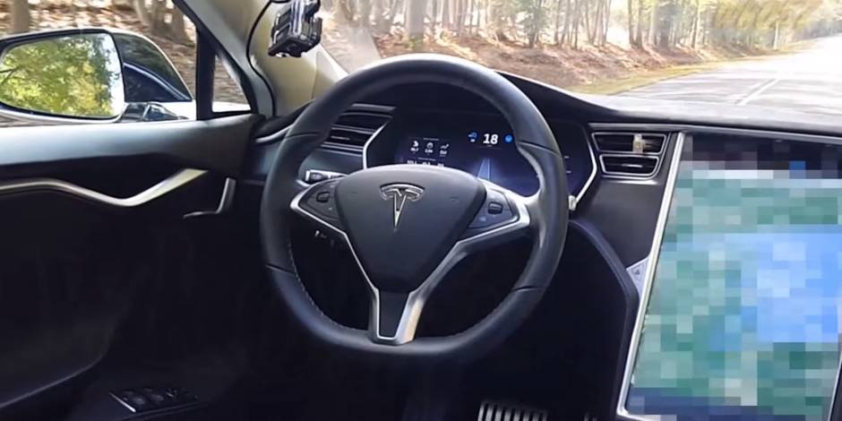 ma voiture a essay de me tuer les limites du pilote automatique de tesla la dh. Black Bedroom Furniture Sets. Home Design Ideas