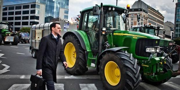 Un agriculteur poursuivi pour avoir forcé un barrage de police - La DH