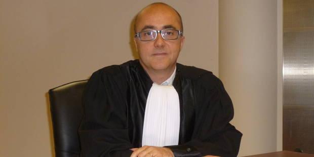 Un prof aurait vendu des questions d'examen à Arlon: dix mois de prison avec sursis pour la moitié? - La DH