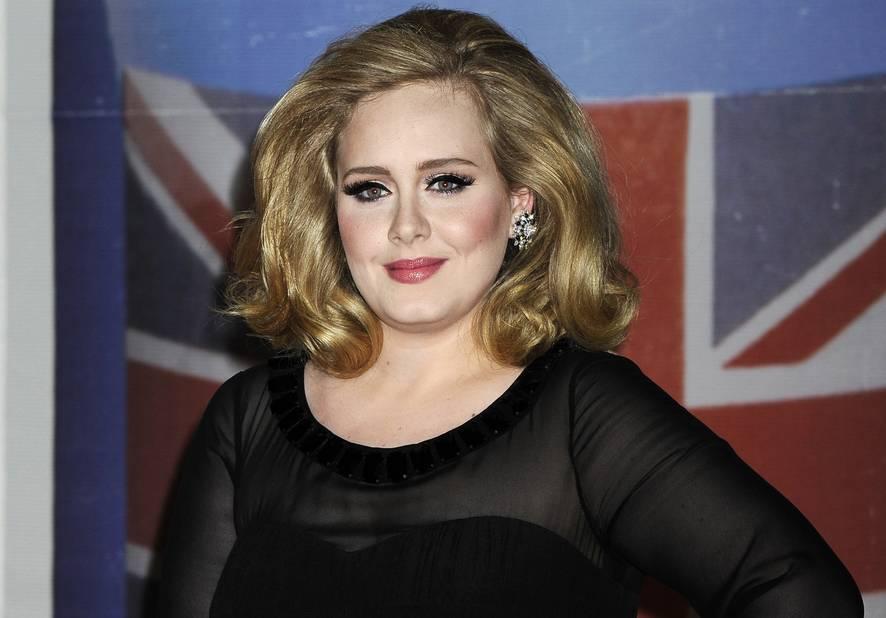En 2012, cheveux blonds, brushing parfait et pommettes hautes, elle a découvert son style.