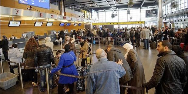 Charleroi Airport: les bagages enregistrés la veille du départ - La DH
