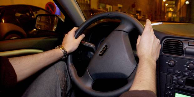 L'Open Vld, le CD&V et le cdH veulent interdire la cigarette en voiture en présence d'enfants - La DH