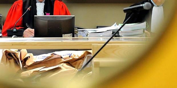 """Quentin Hottat a-t-il tué sa mère? Le juge d'instruction marqué par la tristesse de l'accusé, """"qui paraissait sincère"""" -..."""