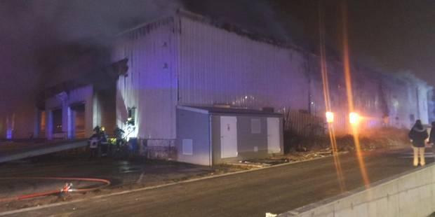 Jumet: important incendie dans un bâtiment industriel - La DH