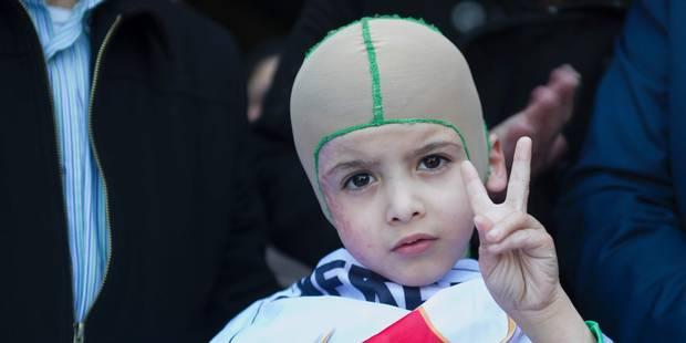 Cristiano Ronaldo reçoit Ahmed, 5 ans, Palestinien rescapé d'une attaque - La DH