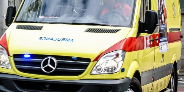 Tempête à Barvaux: un arbre s'écrase sur une voiture - La DH