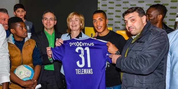 Anderlecht et Molenbeek unis contre le terrorisme (PHOTOS & VIDEOS) - La DH