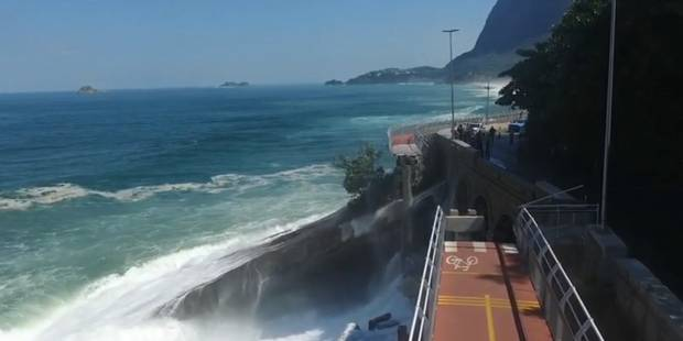 A Rio, une piste cyclable construite pour les JO s'effondre (VIDEO) - La DH