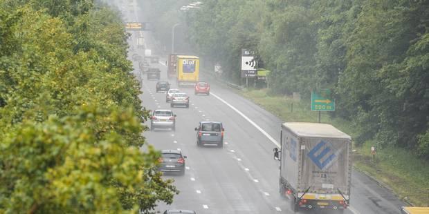 Sécurité routière: Un Belge sur six, roule à plus de 138 km/h sur l'autoroute (Infographie) - La DH