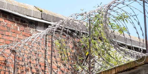 Andenne, Namur, Anvers: la tension monte en marge de la grève dans les prisons (VIDEO) - La DH
