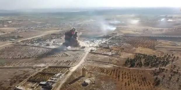 En Syrie, une explosion provoque une violente onde de choc (VIDEO) - La DH