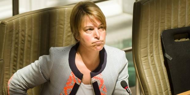 Une ministre flamande menacée de mort via Facebook - La DH