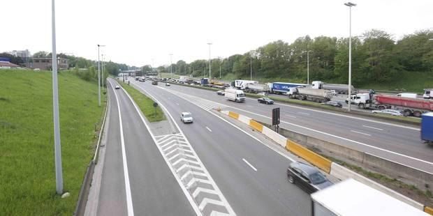 Le ring extérieur de Bruxelles encombré à la suite d'un accident à Jette - La DH
