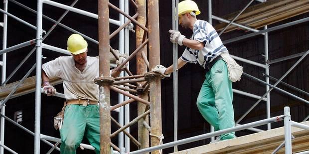 26.000 emplois menacés dans la construction - La DH