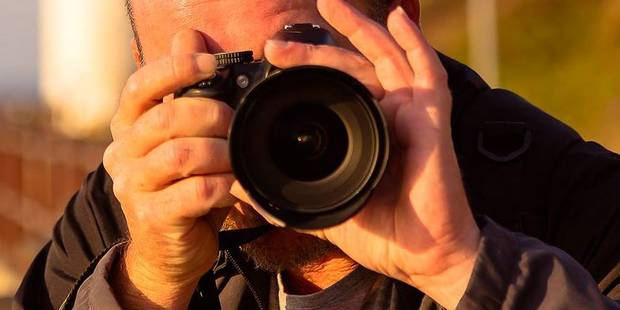 """Le photographe pervers organisait des """"shootings"""" de jeunes modèles - La DH"""