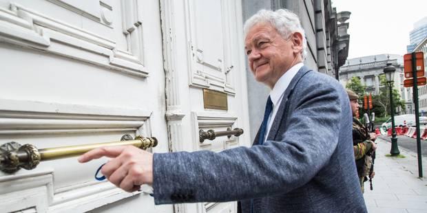Survol de Bruxelles : le ministre a rencontré les bourgmestres des communes bruxelloises et des deux Brabant - La DH