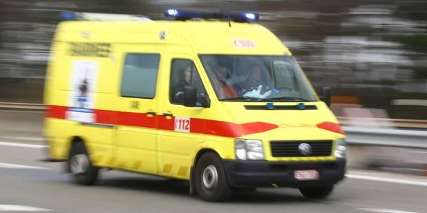 Grave accident à Estaimpuis: un motard grièvement blessé - La DH