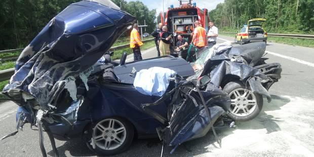 Terrible accident à Fontaine-l'Evêque: Le R3 autour de Charleroi fermé - La DH
